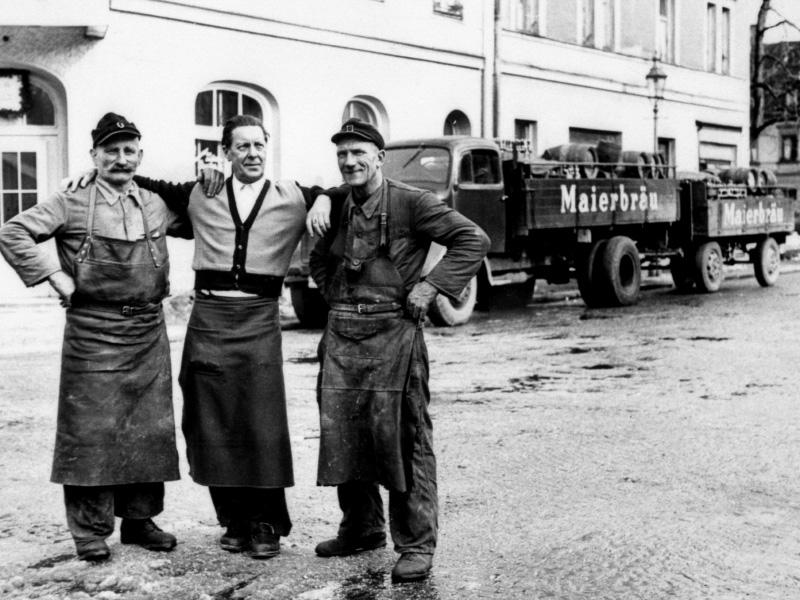 Historie Maierbräu, Bierfahrer, Arbeiter